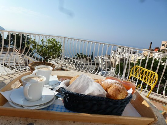 Hotel Villa delle Palme: Perfect way to start the day!