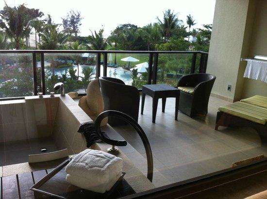 Shangri-La's Rasa Ria Resort & Spa: our balcony