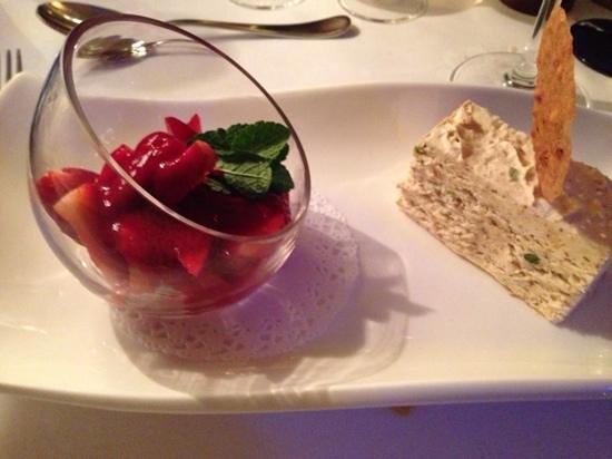 Park Restaurant: nougat ice cream with strawberries