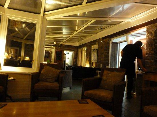 Ravenstone Lodge Hotel: conservatory