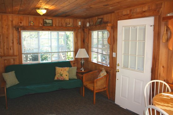 Birch Bay Get Away : Living room