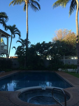 The Plantation Inn: great pool area open 24 hours