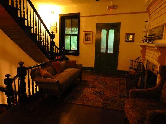 St. Francis Inn Bed and Breakfast : Second floor main hosue