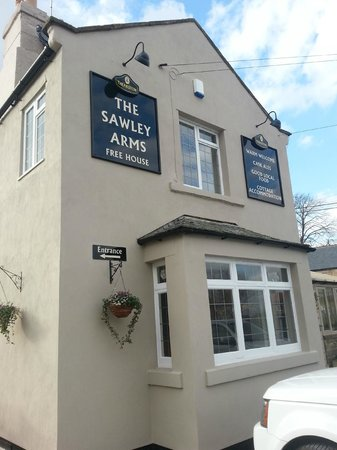 The Sawley Arms: Front