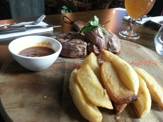 Steak Of The Art Fillet 400g And Y Bbq Sauce