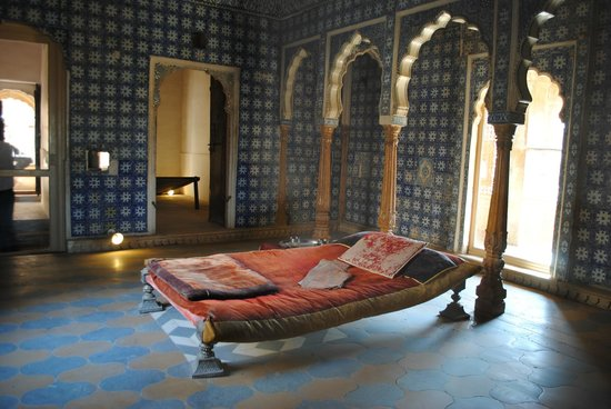 Maharaja's Palace: Bedroom