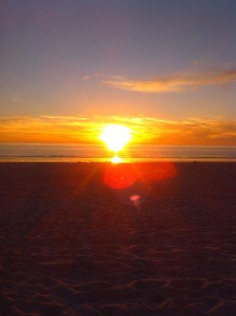 Barefoot Beach Resort: Sunset on gulf of mexico