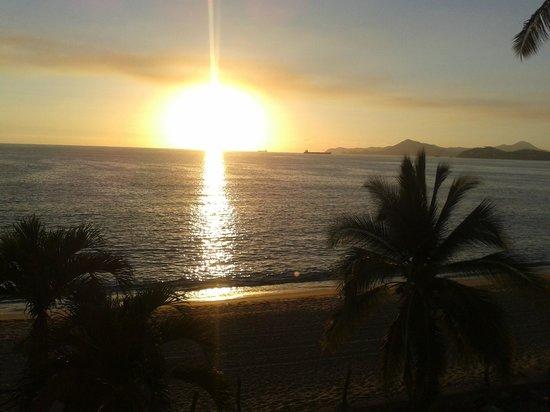Hotelito Escondido Manzanillo: atardecer