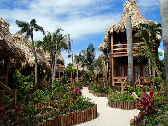 Ramon's Village Resort : Cabanas