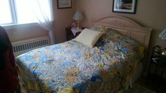 Blue Sage Bed and Breakfast: Interno Camera