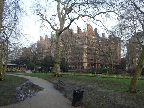 The Principal London: A Winter's morning in Russel Square