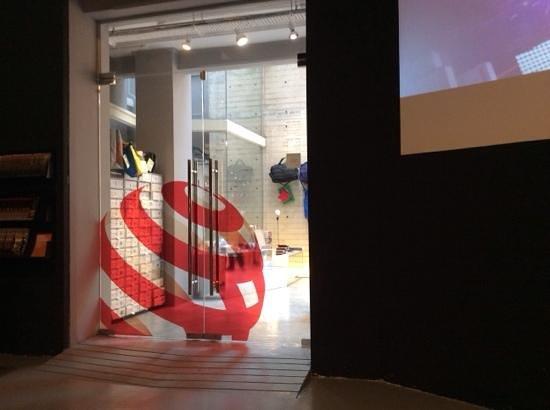 Red Dot Design Museum: inside door