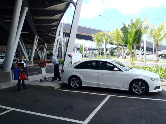 Recif Attitude: airport transfer