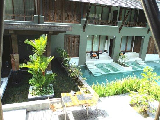 Mai Samui Resort & Spa : Oa quartos que têm acesso direto à piscina.