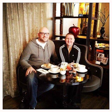 breakfast picture of hotel gabriel paris paris. Black Bedroom Furniture Sets. Home Design Ideas