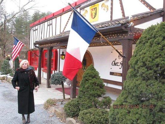 L'Auberge Chez François: Arriving at LAuberge Chez Francois