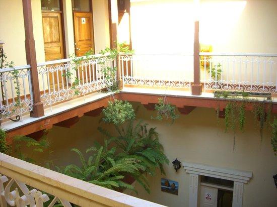 Hostal La Habanera: patio intérieur