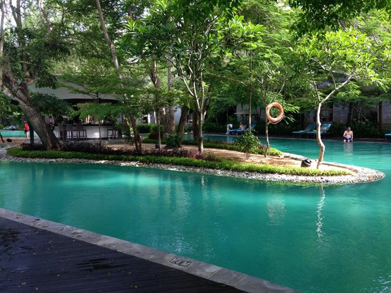 Courtyard by Marriott Bali Nusa Dua Resort : Pool at Marriot