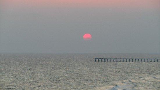 Long Beach Resort : Sunset