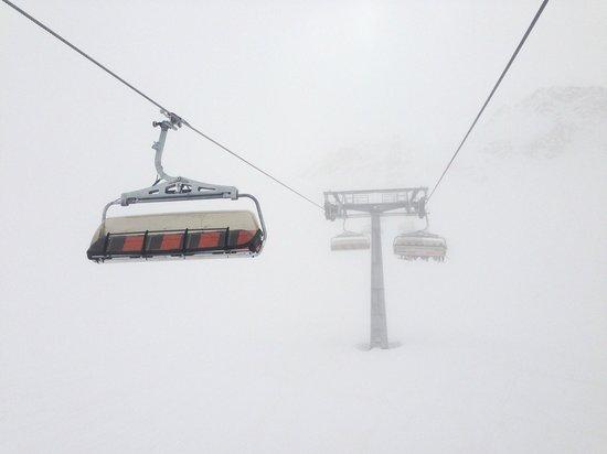 Stubaier Gletscher: foggy day
