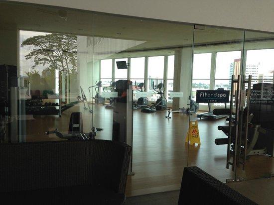 Pullman Kuching: gym