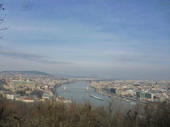Budapest Best Apartments: View of Buda, Pest and the River Danube