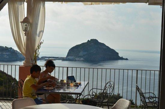 Hotel Residence Torre Sant'Angelo: Вид из ресторана