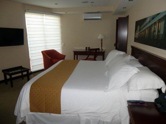 Mercure Hotel Alameda: Chambre 2