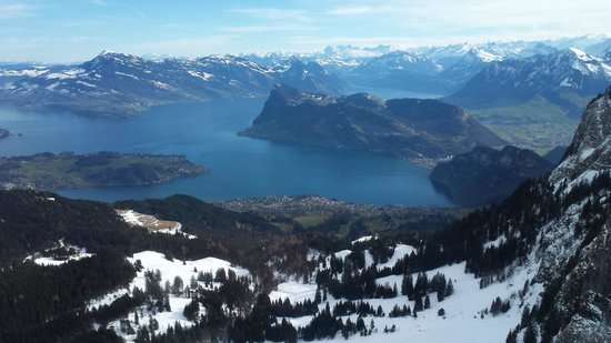 Hotel Pilatus-Kulm : Breathtaking view