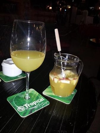 Magma Lanzarote: champagne sangria