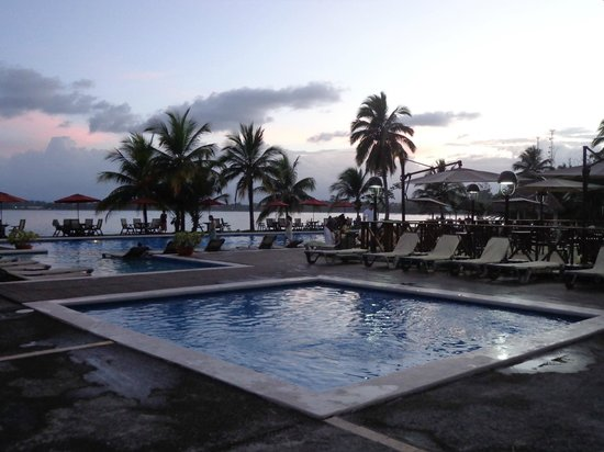 Playa Tortuga Hotel & Beach Resort : Vue de la suite junior