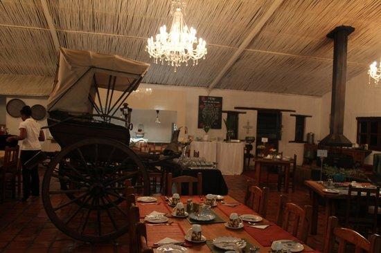 De Opstal : Dining Room