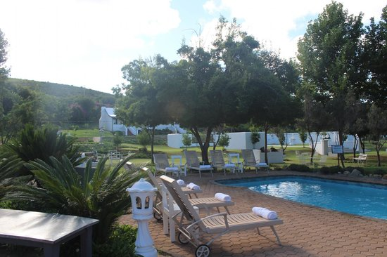 De Opstal Country Lodge : Pool Area