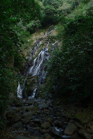 El Chorro Macho : The chorro Macho waterfall, almost dry during the local summer
