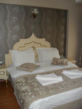 Saba Sultan Otel: Bett