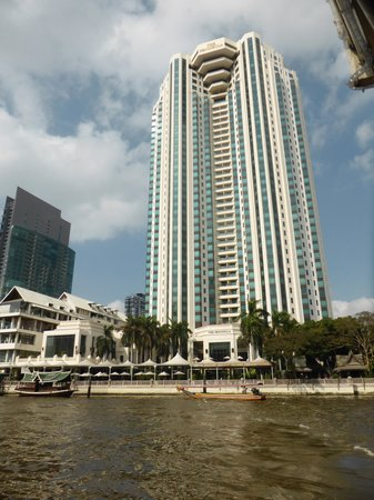 The Peninsula Bangkok: The Peninsula
