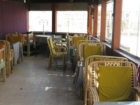 Ali Baba Restaurant: Ali Baba innen