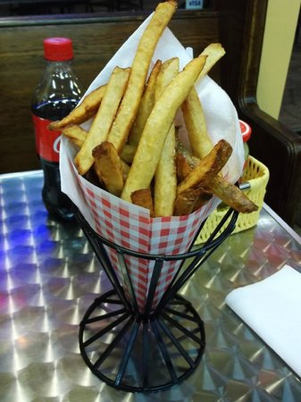 Poynor's Pommes Frites: The Frites to die for
