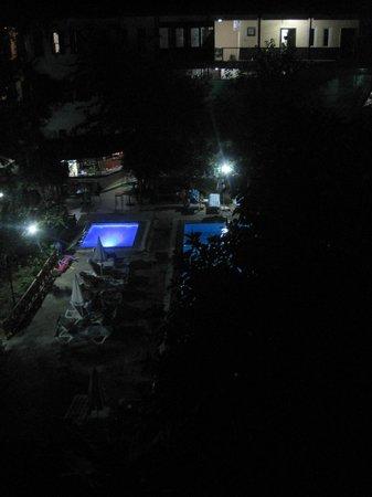 Idyros Hotel: Вид из окна