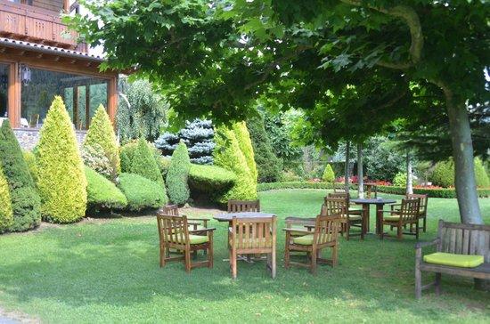 Hotel Grevol Spa: Le jardin