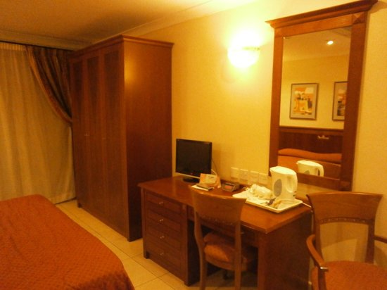 Solana Hotel and Spa: Clean