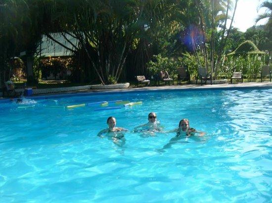 Villas Rio Mar : Pool time