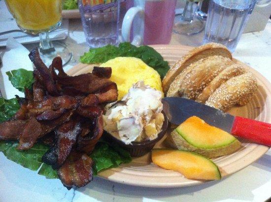 St-Viateur Bagel & Cafe : Breakfast