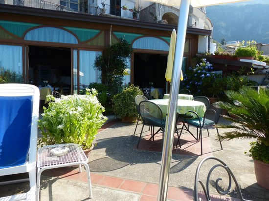 Casa Cuccaro B&B : balcony area
