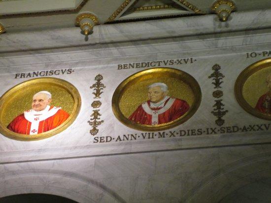 Abbazia di San Paolo Fuori Le Mura : Pope Portraits