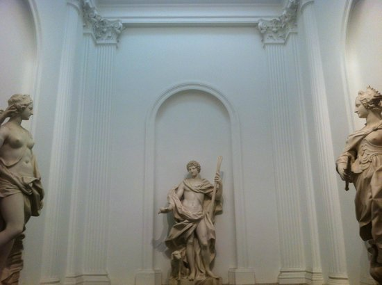 Willet-Holthuysen Museum: Main staircase