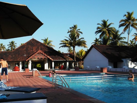 Abad Whispering Palms Lake Resort: Whispering Palms