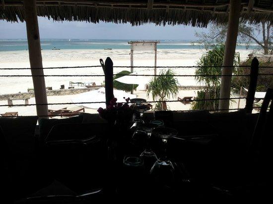 Mvuvi Resort: foto dal tavolo del resort
