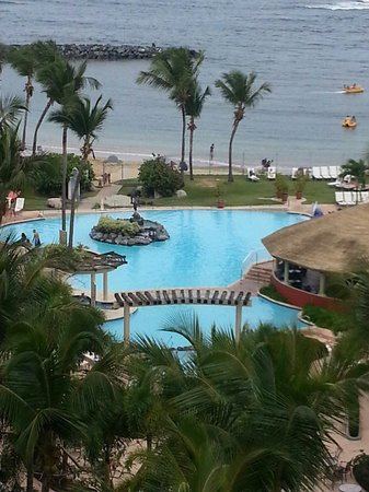 Embassy Suites by Hilton Dorado del Mar Beach Resort : Nuestra estadia .......Ivy & Tito