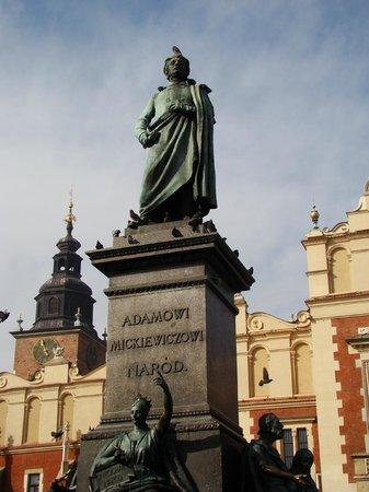 Krakow Free Walking Tour: The National Poet